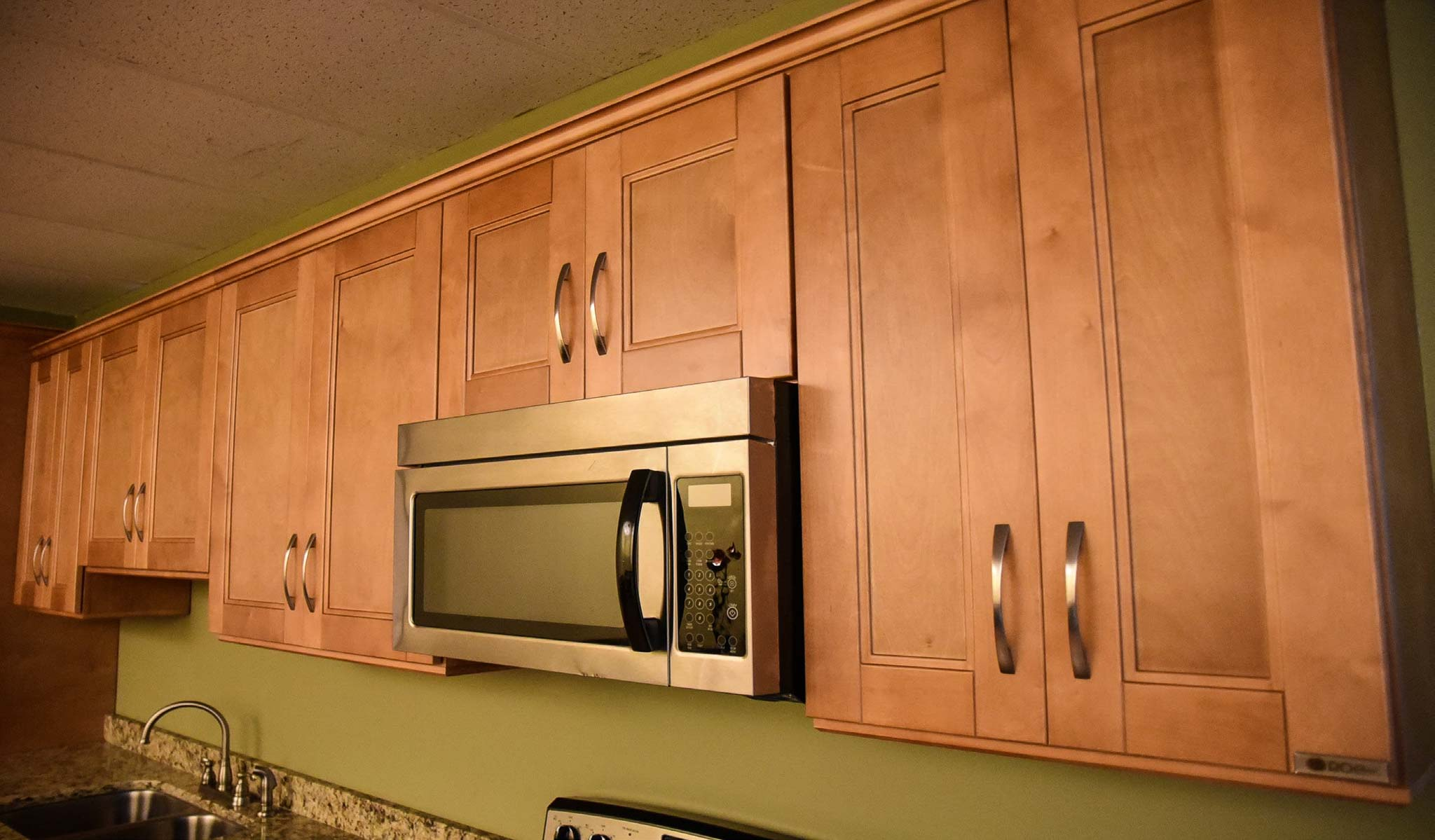 Roc cabinetry rta kitchen cabinets for Kitchen cabinets jimmy carter blvd