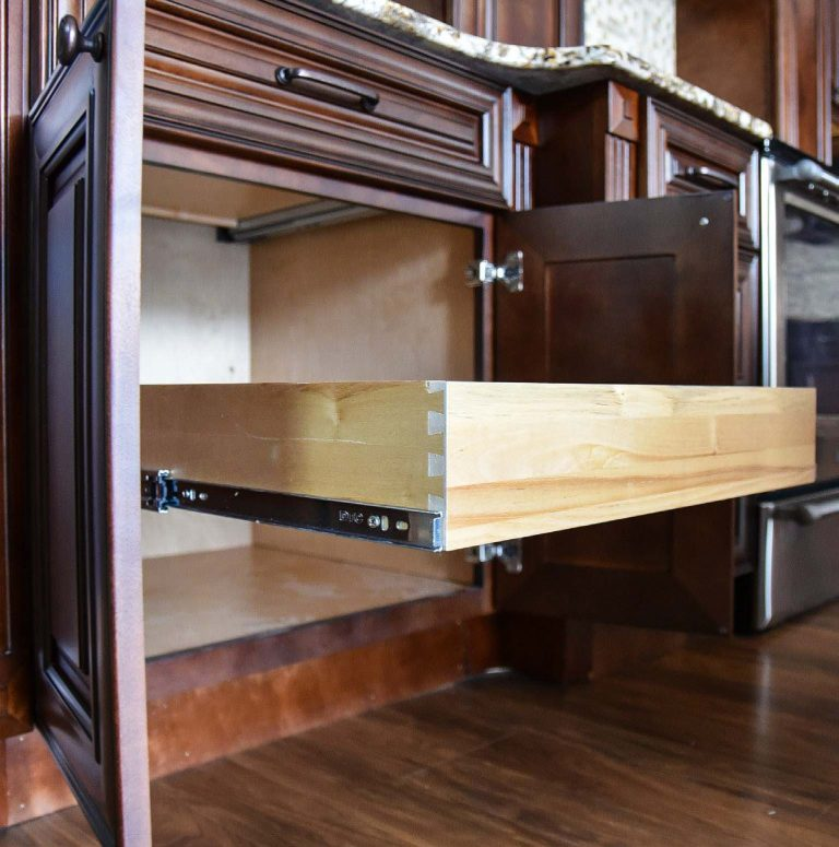 Classic Chocolate RTA Base Cabinet with Drawer