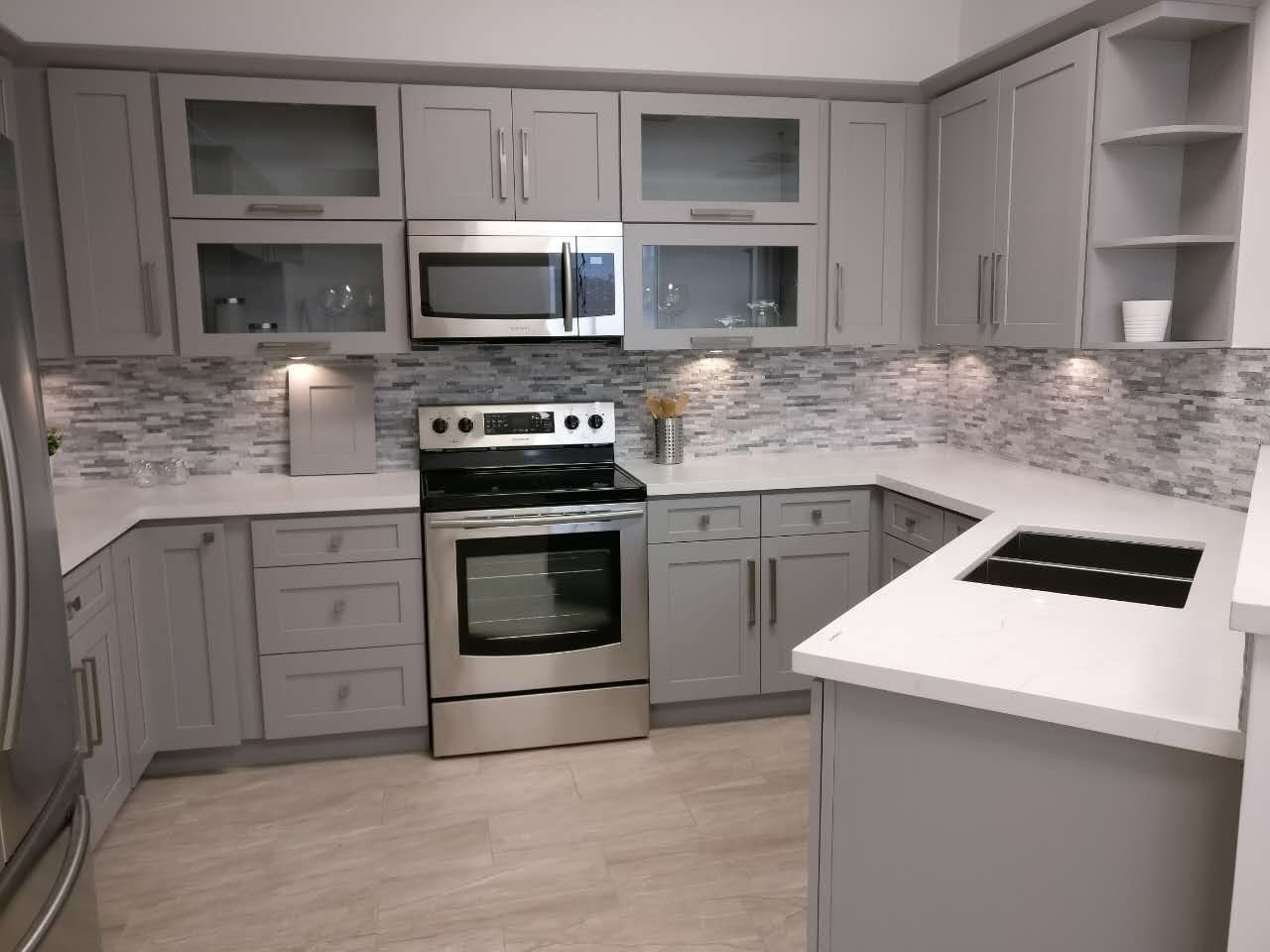 gray shaker kitchen cabinets shaker gray finish cabinets roc cabinetry atlanta 16032